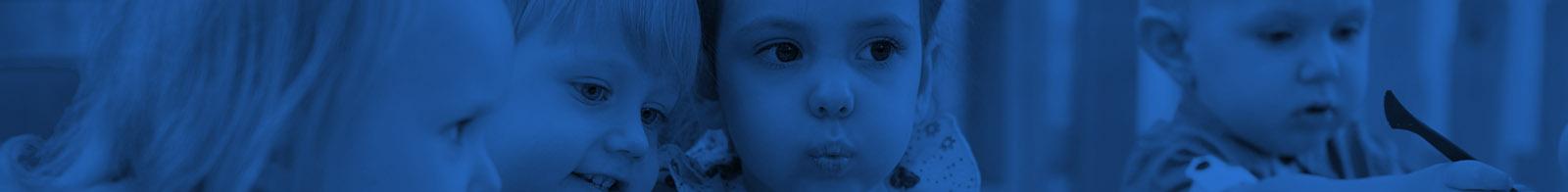 """Baby Erasmus presenta en Bruselas (Bélgica) su proyecto educativo-lingüístico en varias Instituciones Europeas como ejemplo de """"buena práctica"""" en el aprendizaje precoz de idiomas."""